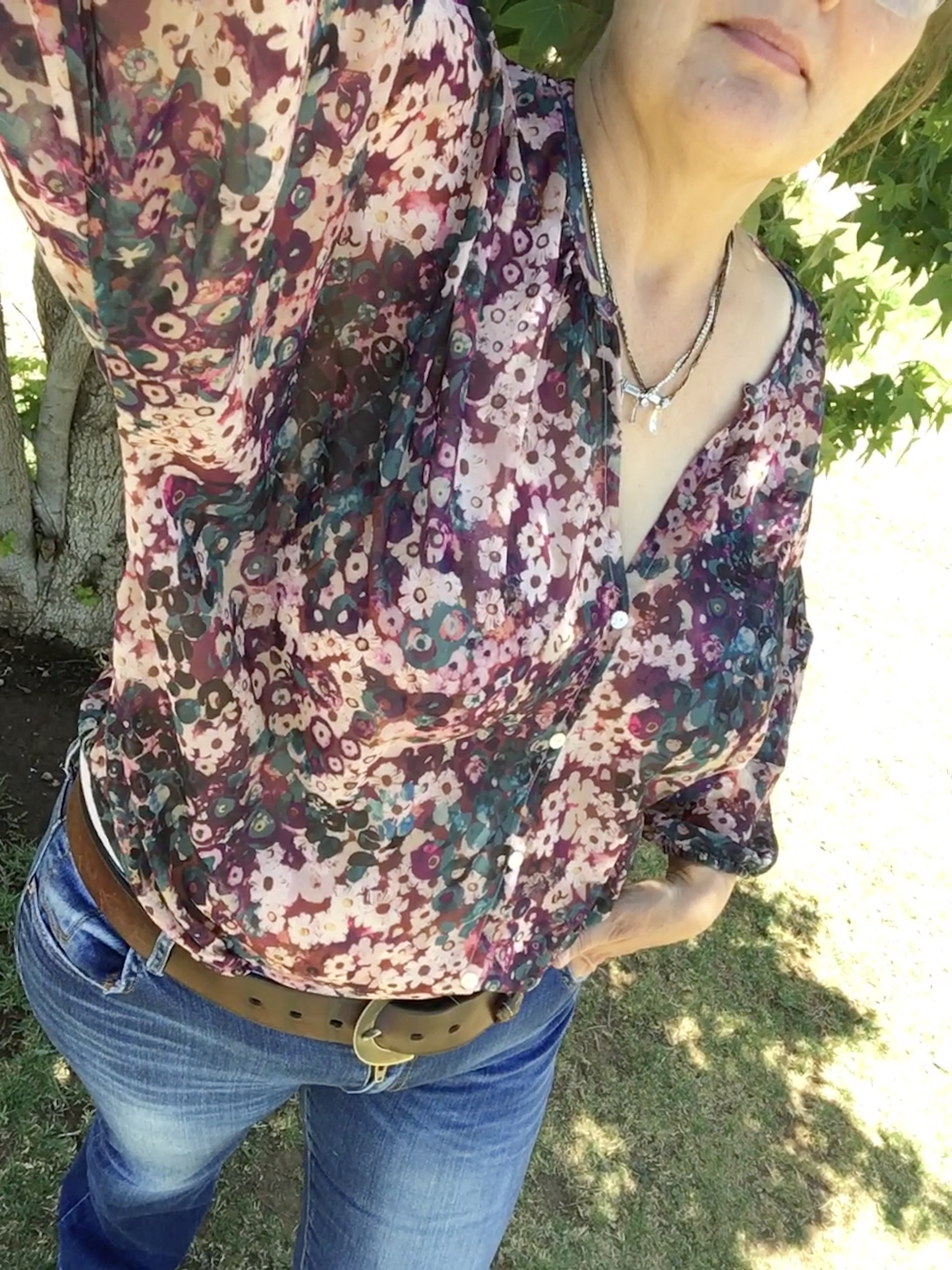 ChartreuseIndigoTurquoise Floral Print Blouse with 34 Sleeves; Women/'s Size 4-5Small Cotton Floral Button Up Top